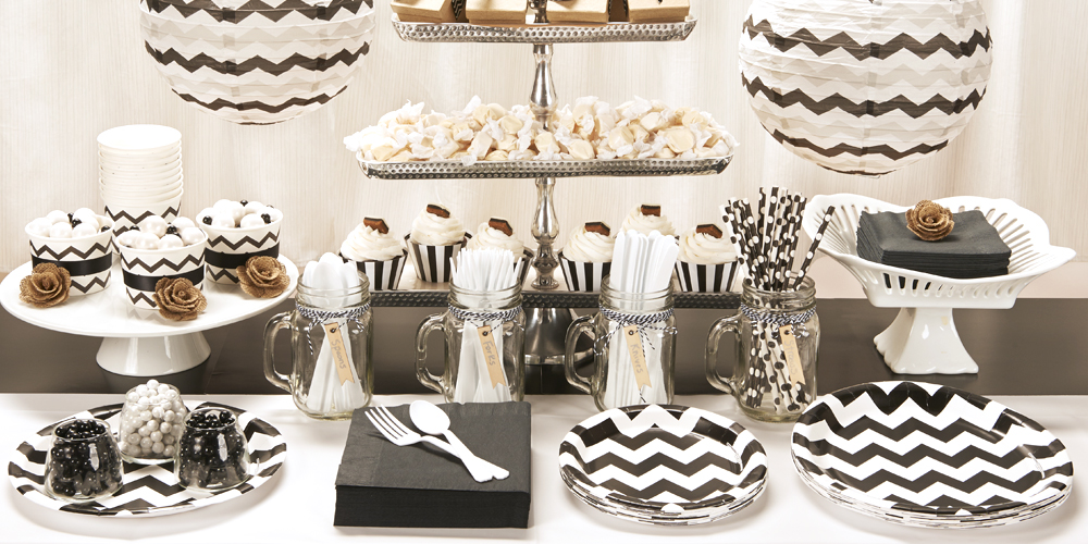 Default Image - Chevron Black Party in a Box