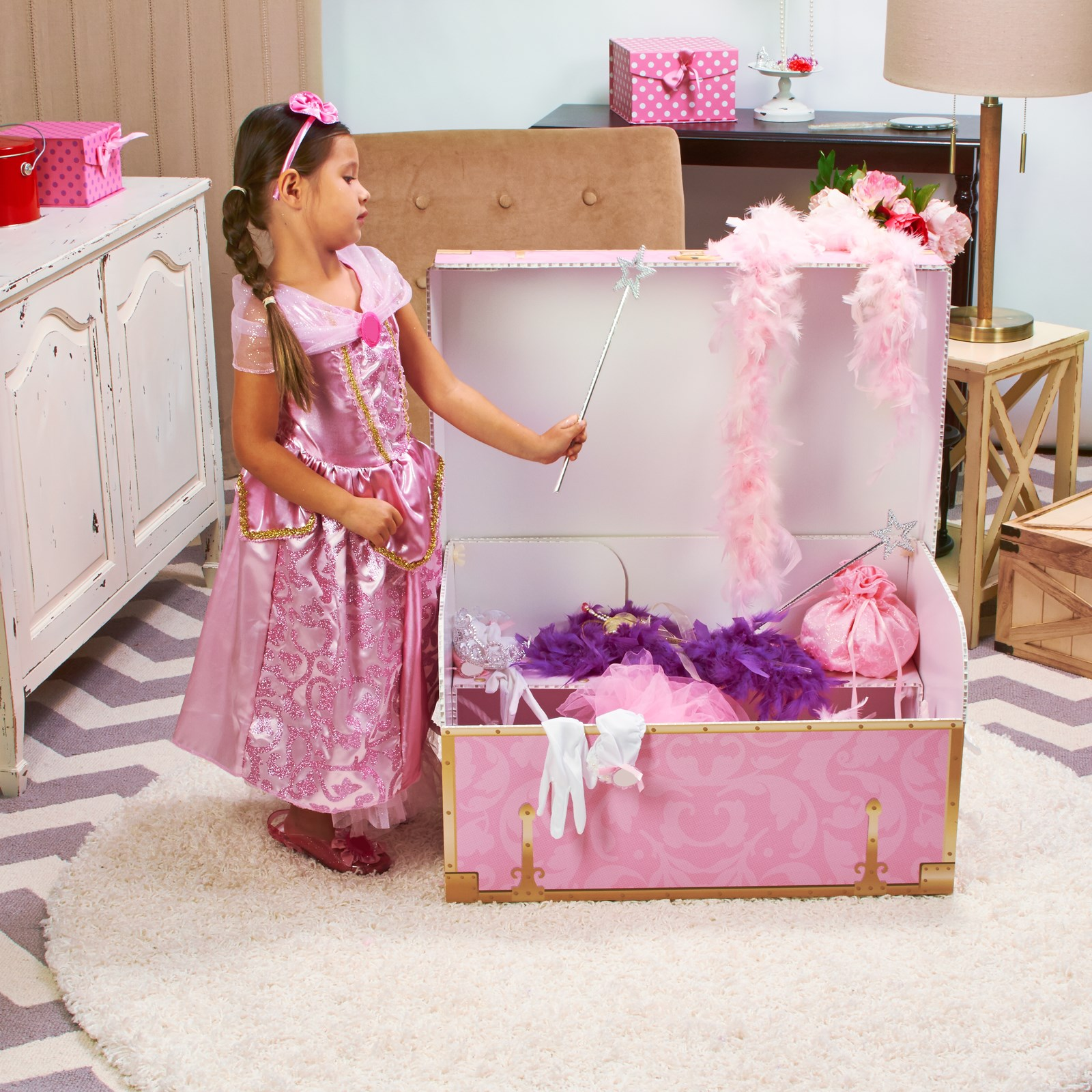 Girls Play Trunk | BirthdayExpress.com