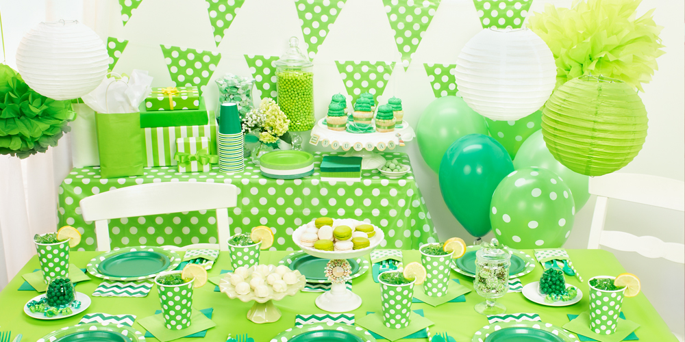 Alt. Image (1) - Green and White Dots Party in a Box