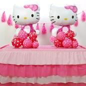 D.I.Y. Hello Kitty Table Decor
