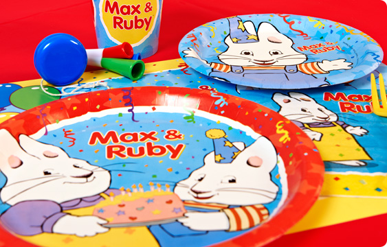 Max and Ruby Lifestyle Photos