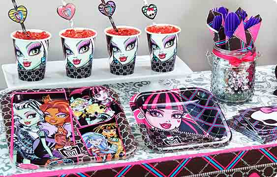 Monster High Lifestyle Photos