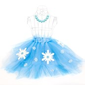 D.I.Y.  Snowflake Winter Wonderland Tutu and Gumball Necklace Favors