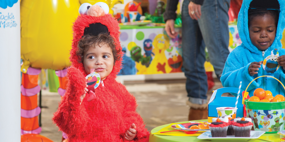 Default Image - Sesame Street Elmo Party in a Box