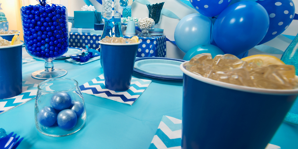 Alt. Image (2) - True Blue Party in a Box